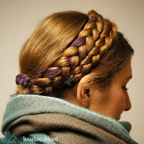 Коса с пурпурным акцентом