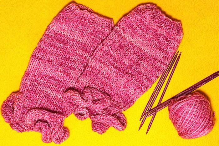kids-leg-warmers-knitting.jpg