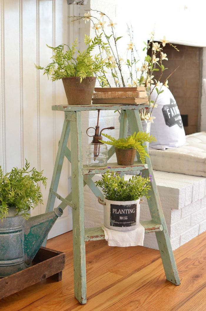 vintage-ladder-decor.jpg
