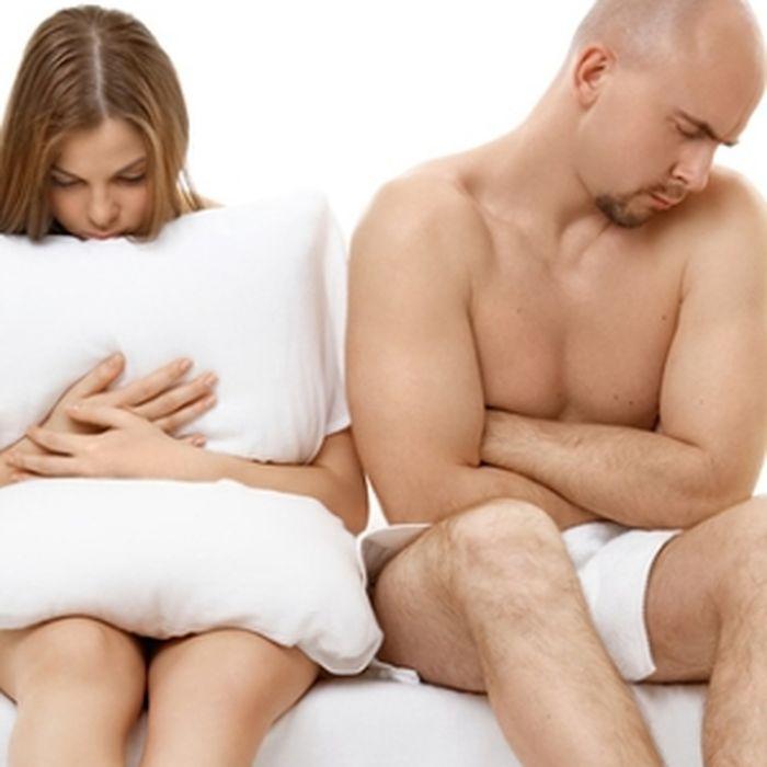 разделяю муж с другом трахает жену на кухне получается, какая