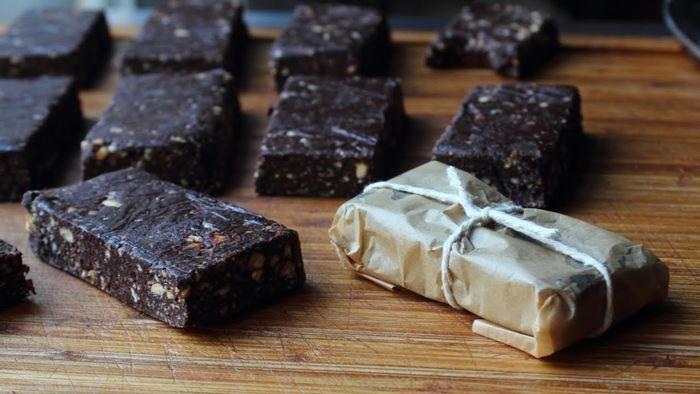 Шоколадные энергетические батончики. Домашний рецепт