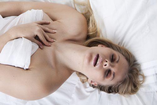 Как продлить оргазм при самоудолетворении